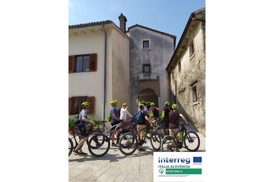 Interbike - InCastra